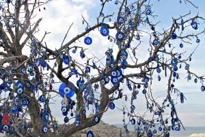 tree of magic eyes2